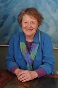 Suzanne Lie